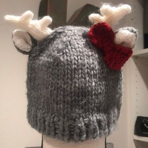 Other - Blueberry hill knitted winter hat